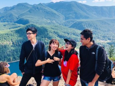 Master of Science in Business Analytics student Alice Che hiking Rattlesnake Ledge with friends third person from the right).